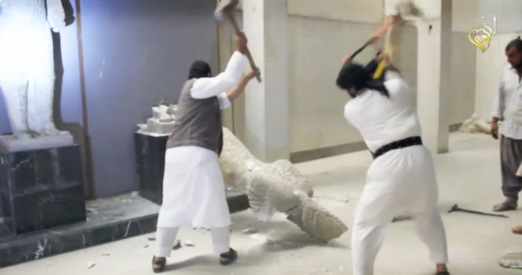 Isis: Muslim preacher calls for demolition of pyramids and the Sphinx of Giza