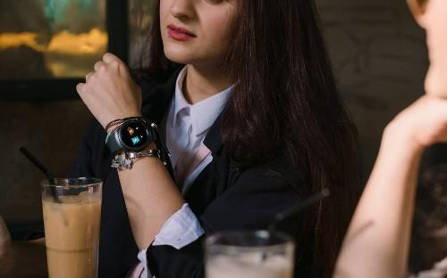 三星新专利:在你的手背上借点地方,我要给手表多开一块屏幕