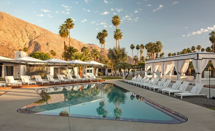 Palm Springs Things To Do - Magazine cover