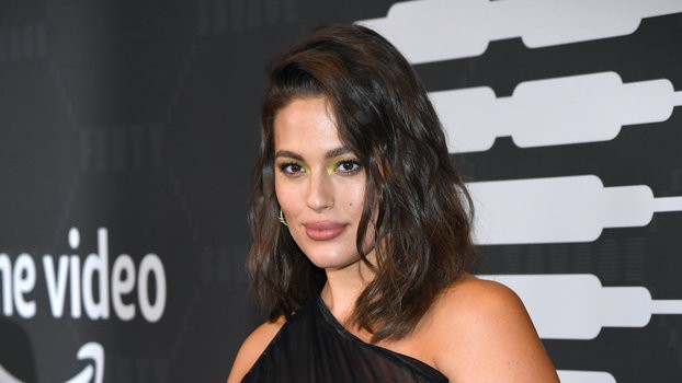 Ashley Graham Showed Off Her Stretch Marks and Pregnant Belly in a Nude Photo