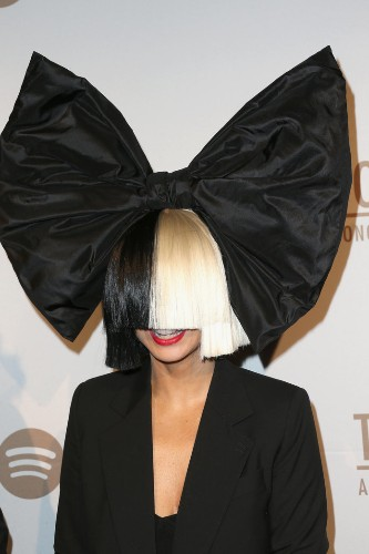 Sia Reveals She's Suffering From Ehlers-Danlos Syndrome
