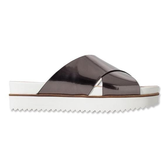 Cool Girls Wear Flats: Shop 10 Sporty Flat Sandals
