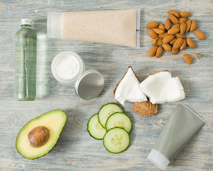 The Best Super Foods for Every Skin Issue