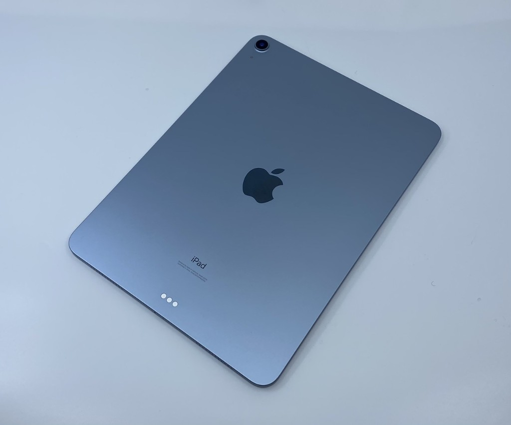 Living With the 2020 iPad Air: TouchID, the A14 and Sound Quality