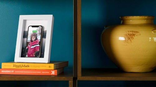 Qi Wireless Charging Dock: Photo Frame Hides a Powerful Secret