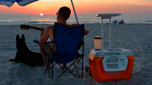 Smart Tailgating: This Cooler Charges iPhones, Plays Music & Even Blends Drinks