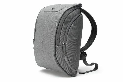 Review: Booq Cobra Squeeze Backpack