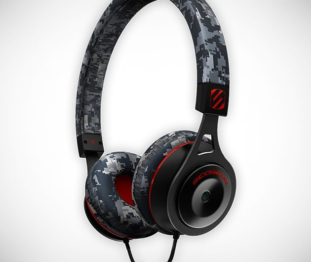 Scosche Limited Edition Camo Headphones