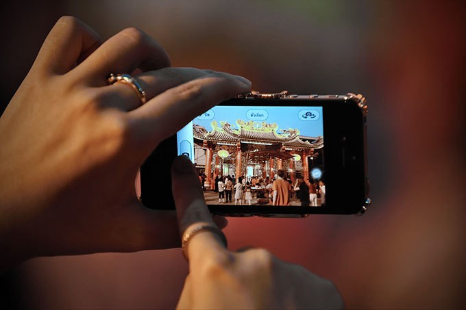 Tip of the Day: How to Take Pictures While Shooting Video on Your iPhone