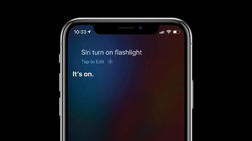 How to Use Siri to Turn Your iPhone Flashlight On & Off