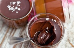 Discover chocolate pots
