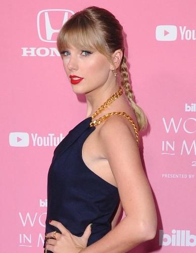 Coronavirus : Taylor Swift sauve un magasin de disques de la faillite en payant les salaires des employés - Elle
