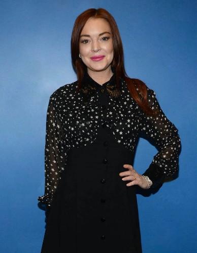 Lindsay Lohan est de retour avec un nouveau single - Elle