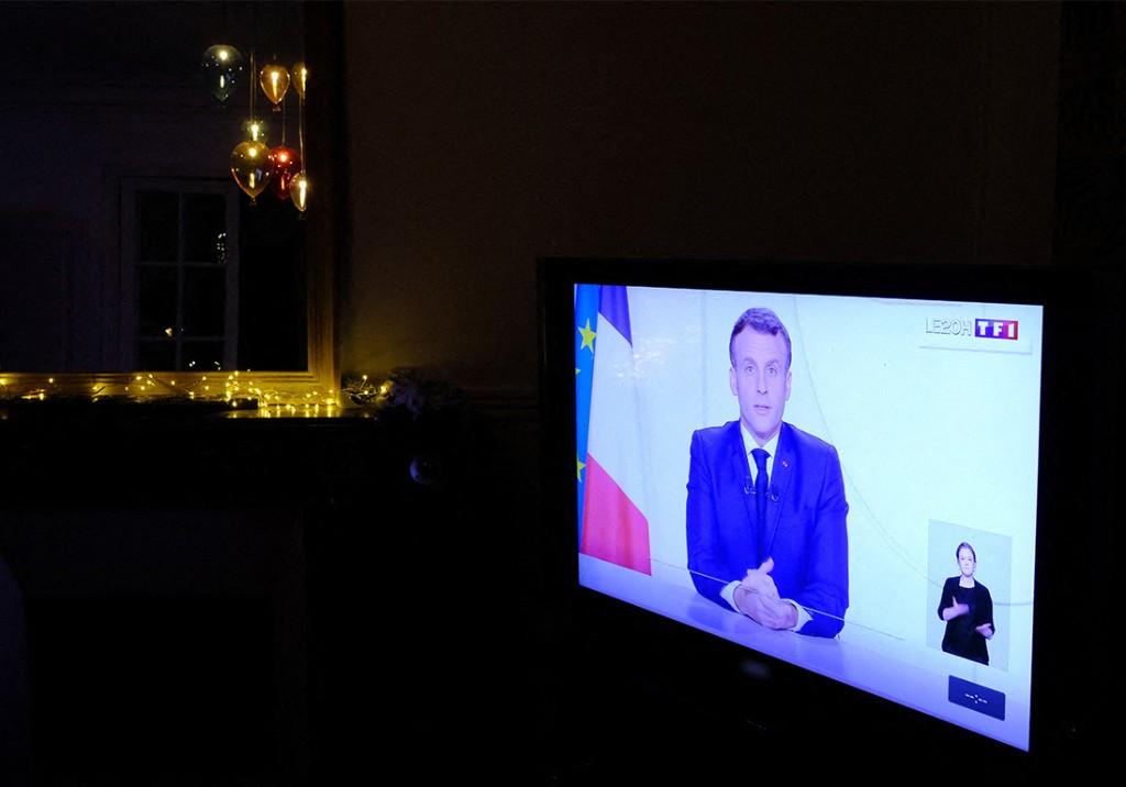 Covid-19 : ouverture des commerces samedi, déconfinement avec couvre-feu… Les annonces d'Emmanuel Macron - Elle