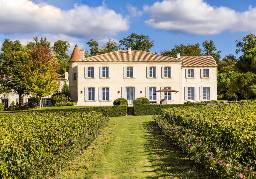 Le château Troplong Mondot, un domaine viticole d'exception - Elle Décoration