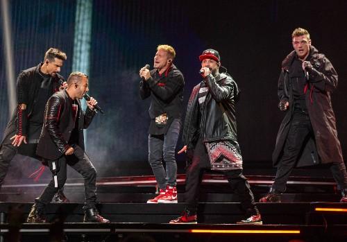 Confinés chacun chez eux, les Backstreet Boys se retrouvent en vidéo pour reprendre « I Want It That Way » - Elle