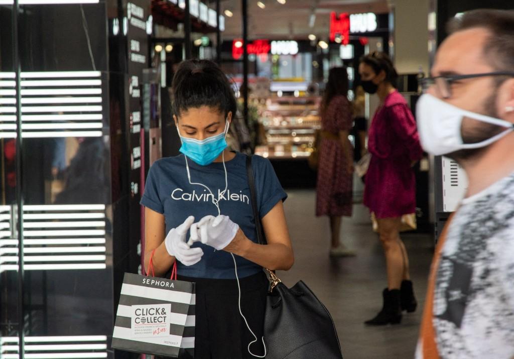 Déconfinement : les boutiques de mode enregistrent une baisse de fréquentation de 59,8% - Elle