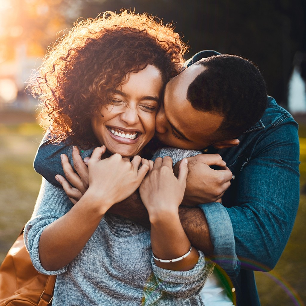 Surnoms mignons : pourquoi les couples se dotent-ils de petits noms ? - Elle