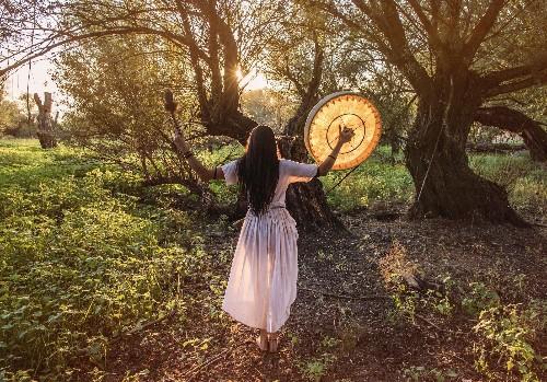 C'est mon histoire : « Comment je suis devenue une sorcière » - Elle