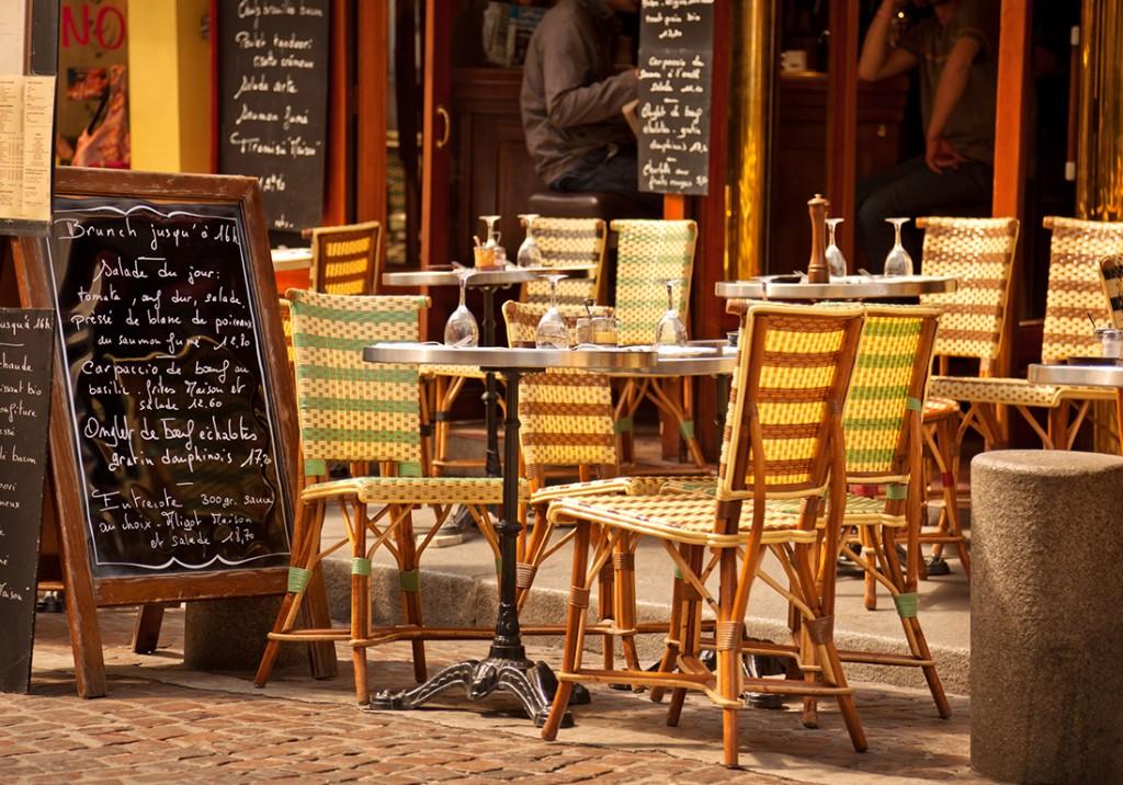 84% des Français comptent retourner au restaurant cet été - Elle à Table