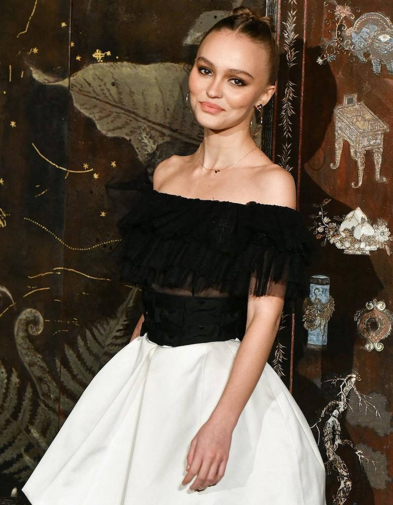 Lily Rose Depp célèbre les 18 ans de son frère Jack avec deux adorables clichés - Elle