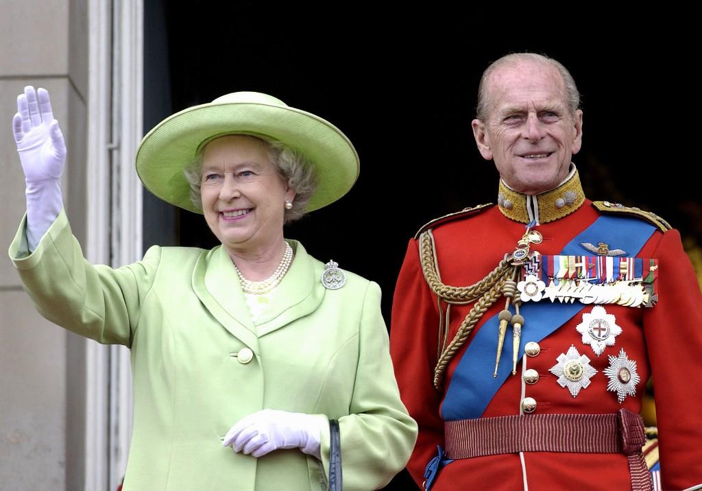 Prince Philip : une célébration en tête-à-tête avec la reine Elizabeth II pour ses 99 ans - Elle