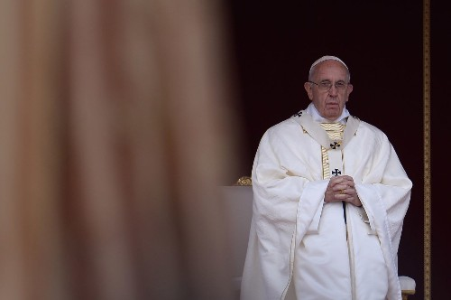 Catholic synod moves closer on Communion for remarried divorcees