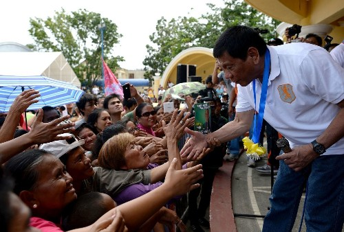 Philippines presidential candidate draws comparisons to Trump - Los Angeles Times