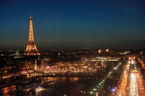 Deal: Paris is oh-so affordable with this airfare-hotel price of $1,000 - Los Angeles Times