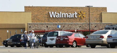 Wal-Mart lays off 450 workers at headquarters
