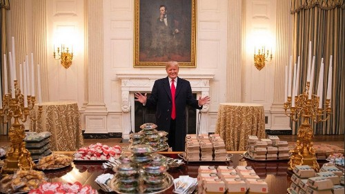 Why you can't look away from that Trump fast food photo - Los Angeles Times