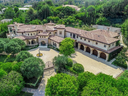 Going, going, gone. Barry Bonds' former L.A.-area mansion sells for $23 million
