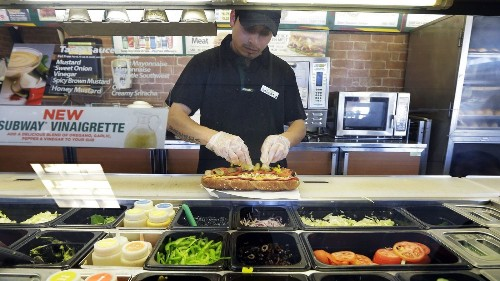 A higher minimum wage won't bankrupt businesses. Low wages might - Los Angeles Times