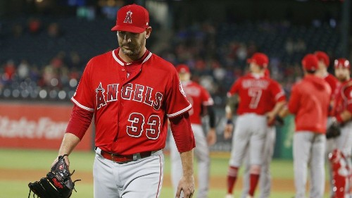 Matt Harvey's pitching deteriorates in Angels' loss to Rangers