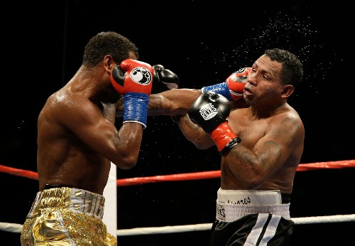 Shane Mosley, 43, knocks out Ricardo Mayorga, 41, in the sixth round