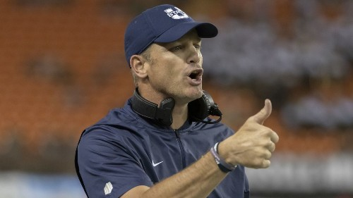 College football: Texas Tech hires Matt Wells after success at alma mater Utah St. - Los Angeles Times