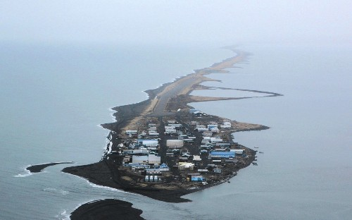 This is climate change: Alaskan villagers struggle as island is chewed up by the sea - Los Angeles Times