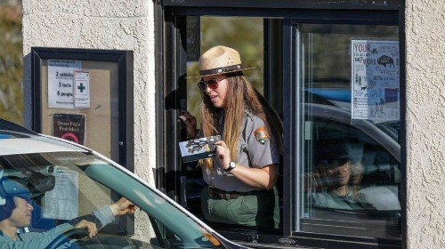We need troops guarding national parks during a government shutdown, not our border