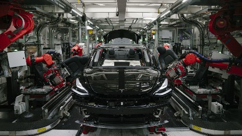 An expert dismantled a Tesla Model 3. He found poor design and manufacturing are squandering profits - Los Angeles Times