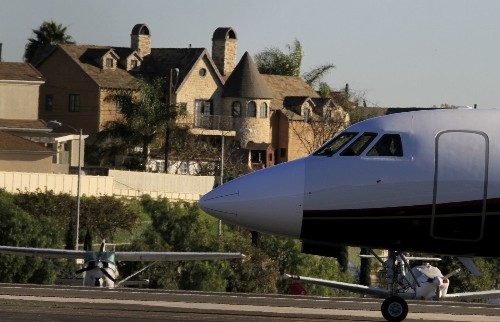 Santa Monica loses another round in effort to close its airport