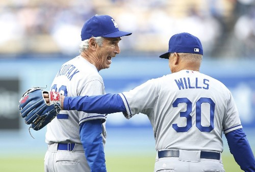 Sandy Koufax says there's no need to worry about Clayton Kershaw - Los Angeles Times
