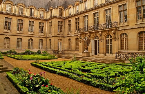 Three excellent, less-crowded-than-the-Louvre Paris museums to explore