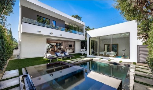 'South Park' creator Trey Parker drops $6.2 million on modern Brentwood pad