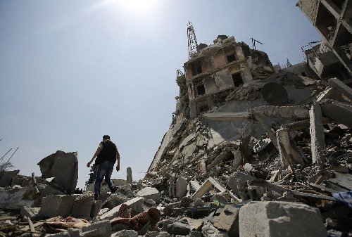 Gaza cease-fire holds; Israeli officials head to Cairo for truce talks