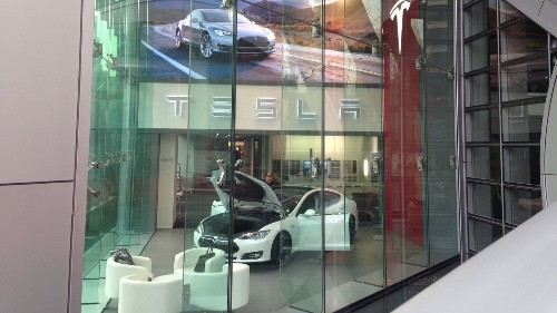 Another Tesla Autopilot crash, this time in China - Los Angeles Times