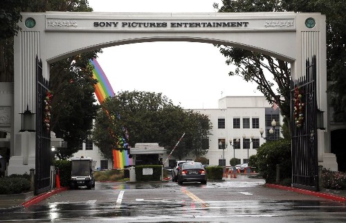 Sony hackers issue threat in latest message: 'The world will be full of fear'