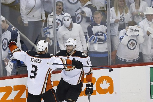 Ducks are moving on after finishing sweep of Jets with 5-2 win