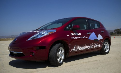 Nissan will roll out cars that use autopilot to park, change lanes
