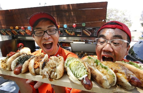 If your hot dog is topped with seaweed or noodles, it must be a Japadog - Los Angeles Times