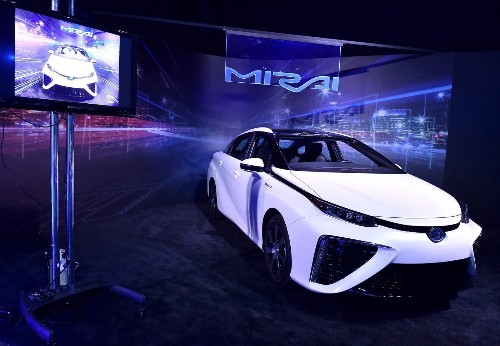 Toyota says Mirai is the future of hydrogen fuel cell vehicles - Los Angeles Times